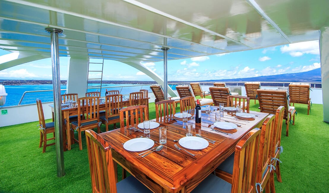 Solaris sundeck, Galapagos Islands