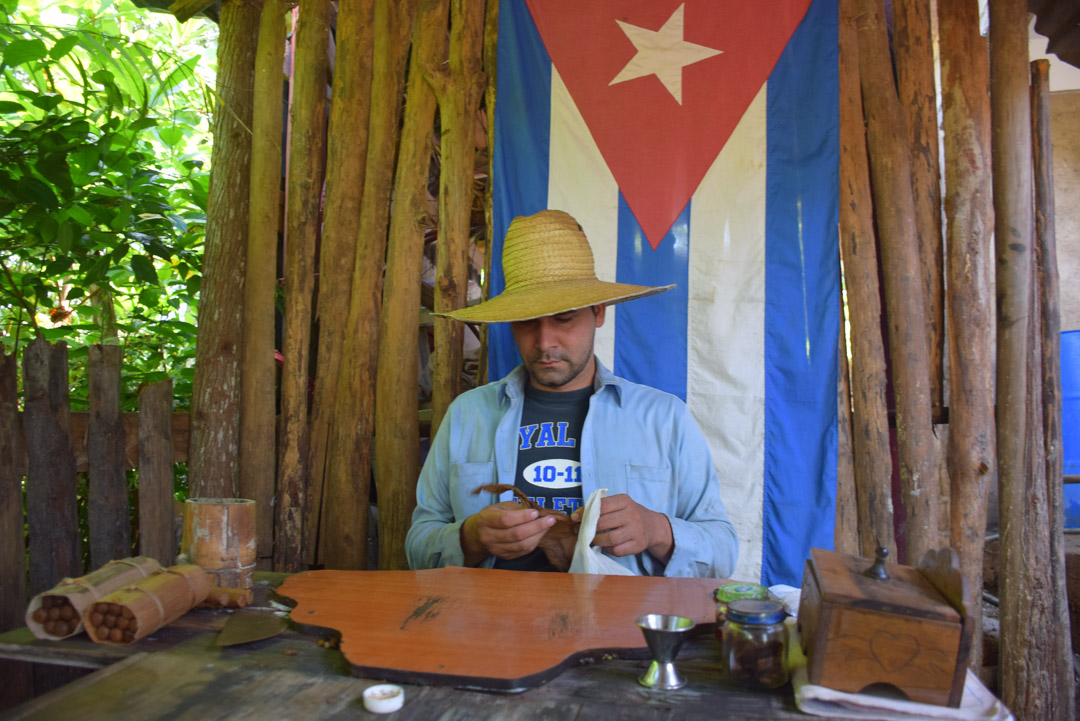 Learning to make cigars